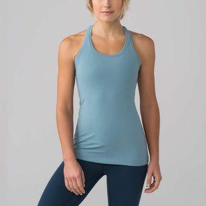 Lululemon Cool Razorback Size 2 Lyon Blue Yoga